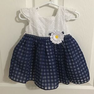 Baby girl dress; size 12 mo.— NEW